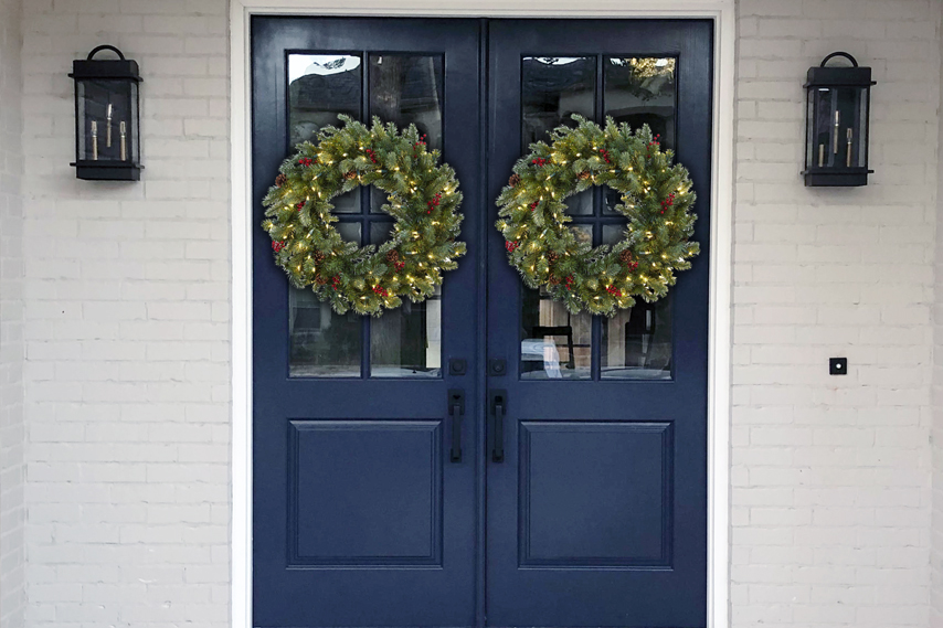 Show Us Your Decorated Front Door